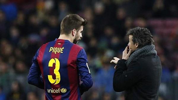 مدرب برشلونة مخاطبا بكيه البكاء