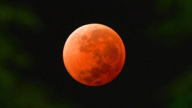 خسوف القمر: يجب معرفته ظاهرة